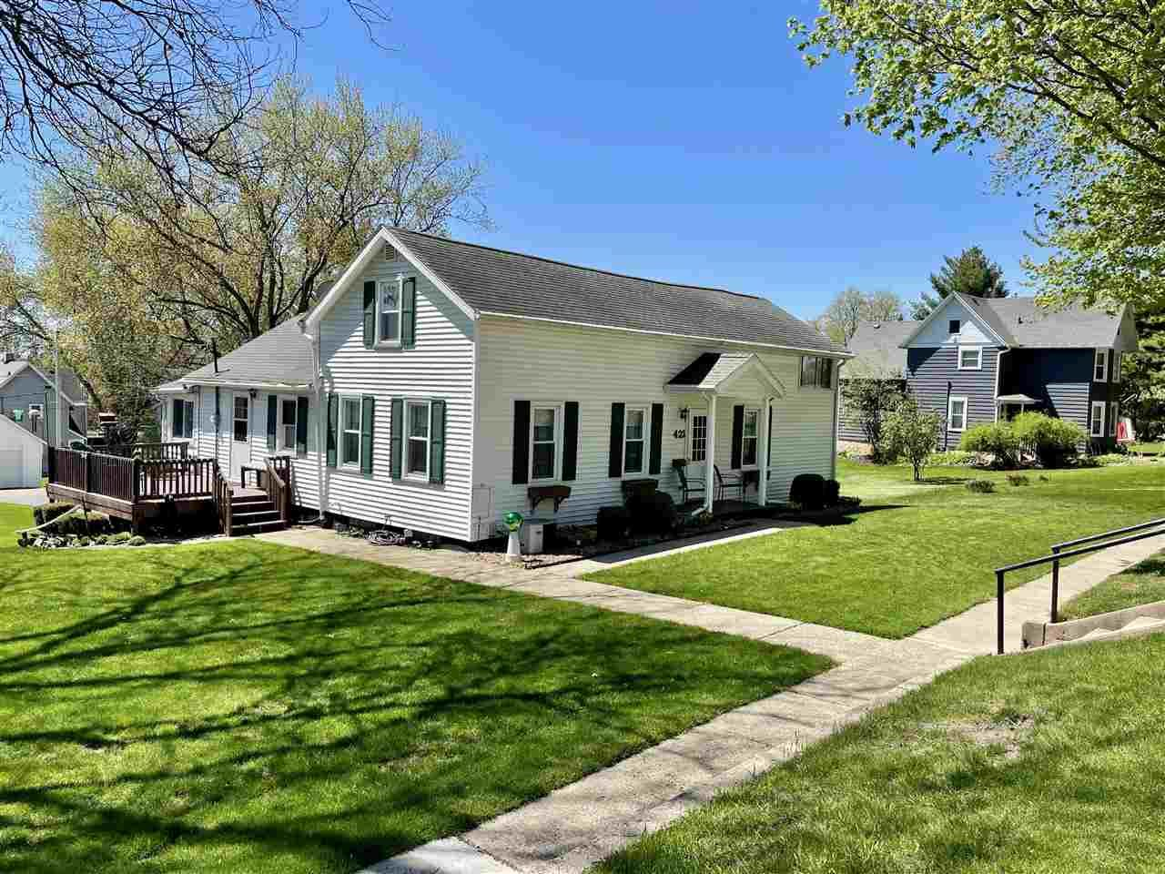 421 Columbia Ave, De Forest, WI 53532 - #: 1907844