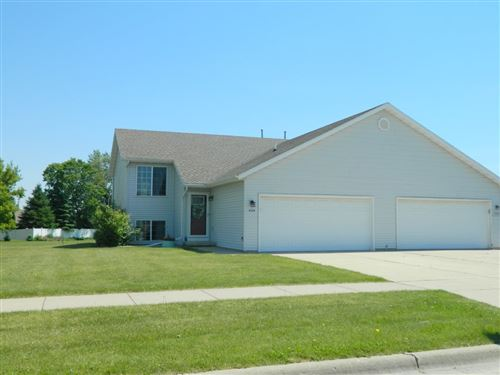 Photo of 4528 Woodgate Dr, Janesville, WI 53546 (MLS # 1884846)