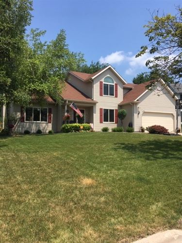 Photo of 14 Maple Run Ct, Madison, WI 53719 (MLS # 1887847)