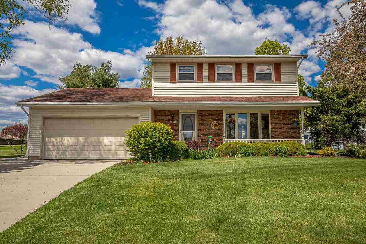 583 Riverview Dr, Marshall, WI 53559 - #: 1908847