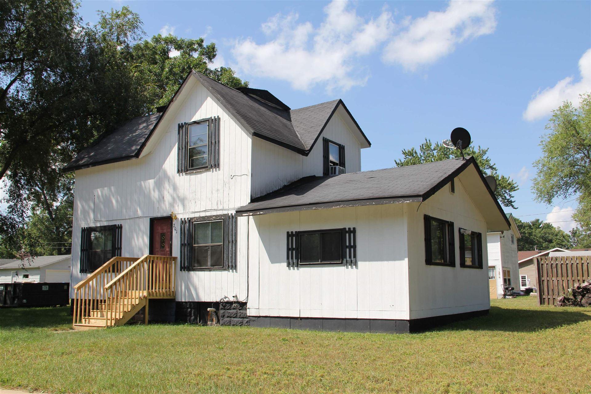 201 N Pine St, Adams, WI 53910 - #: 1917850