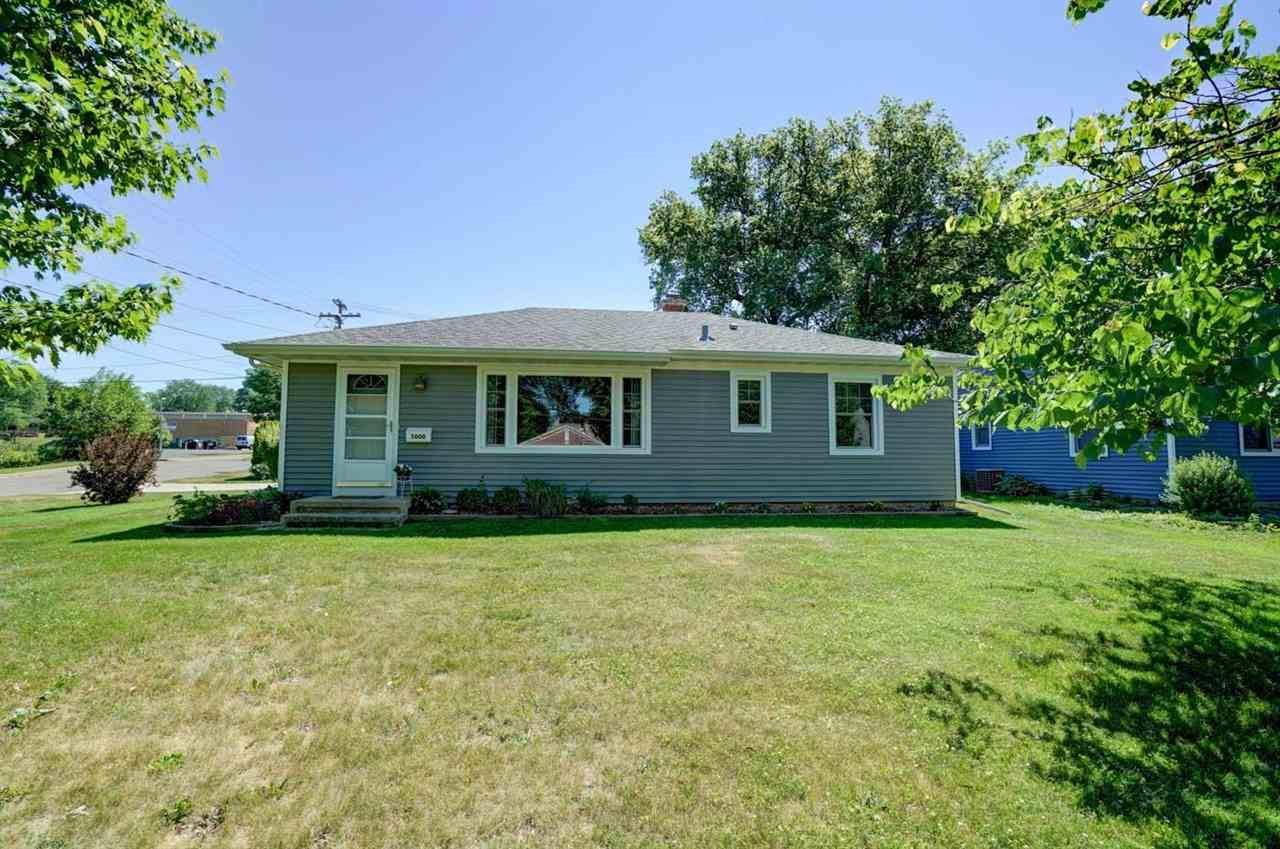 5000 Shore Acres Rd, Monona, WI 53716-2650 - #: 1910851