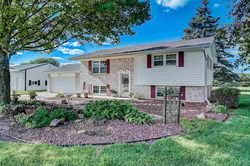 3720 W County Road A, Janesville, WI 53548 - #: 1864855