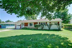 Photo of 181 Audley Dr, Sun Prairie, WI 53590-2001 (MLS # 1866856)