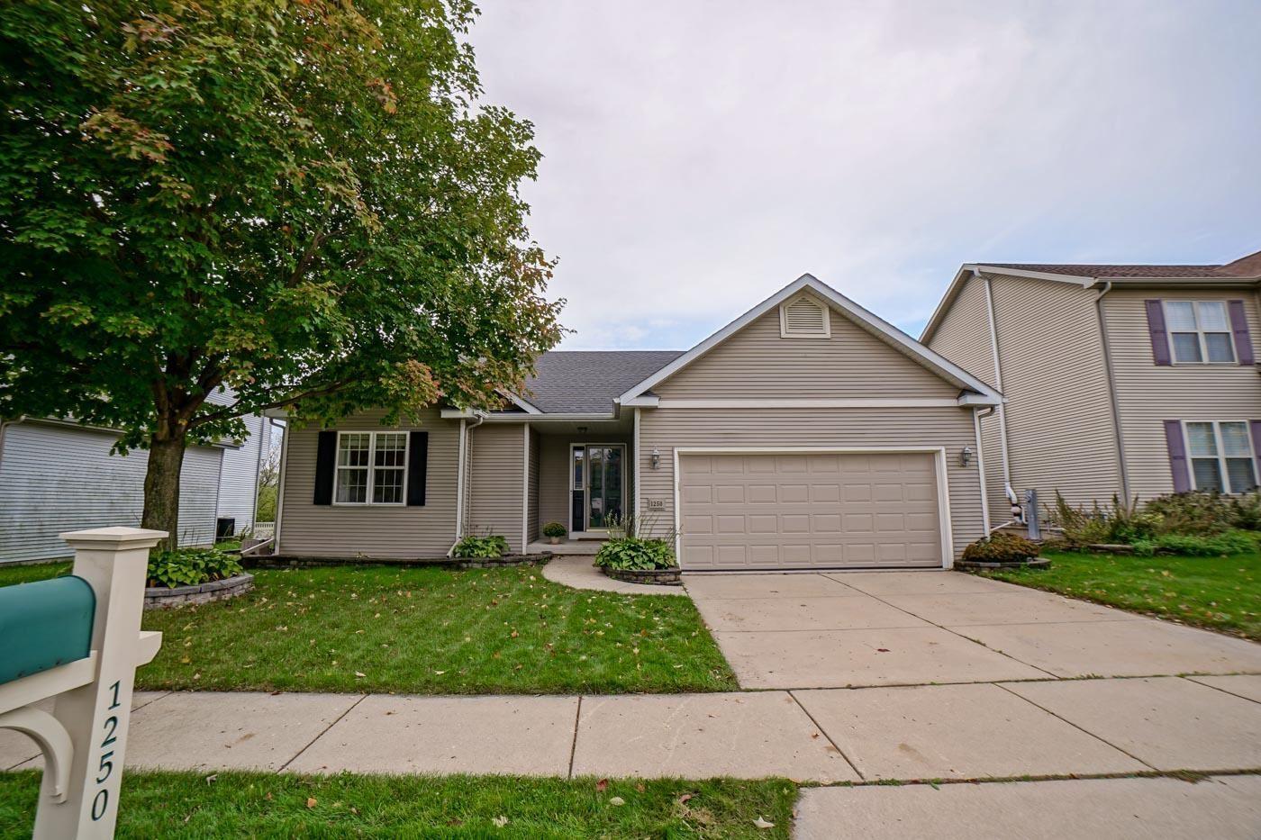 1250 Twinleaf Ln, Madison, WI 53719 - #: 1921856