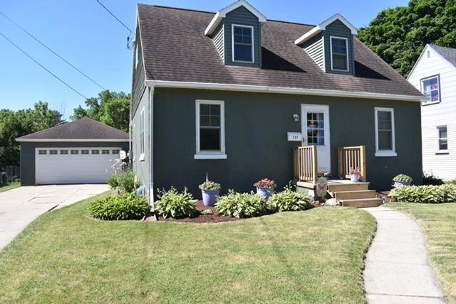 f_1911858 Real Estate in 53534 zip code