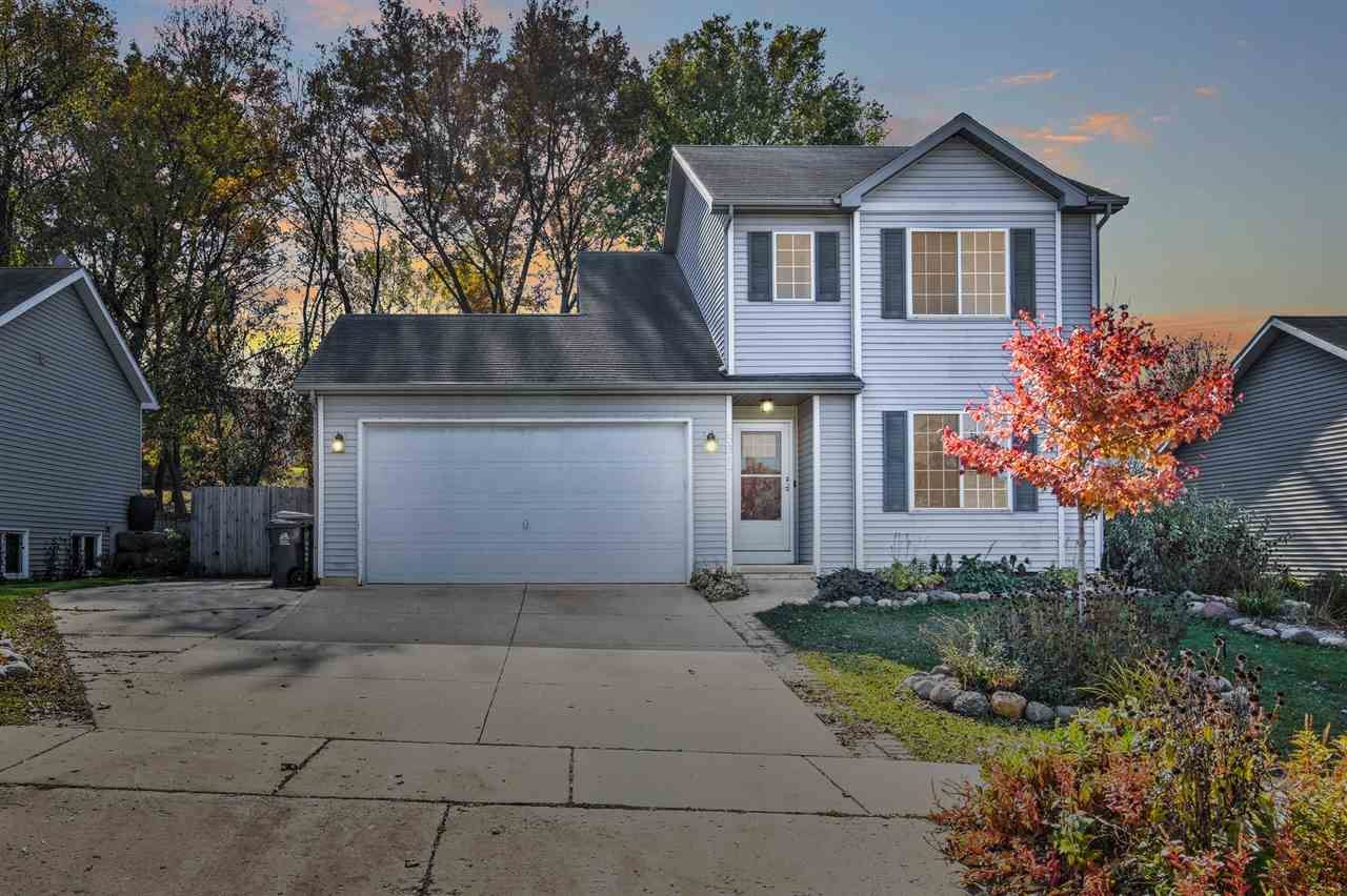 5317 Valley Edge Dr, Madison, WI 53704 - #: 1896859