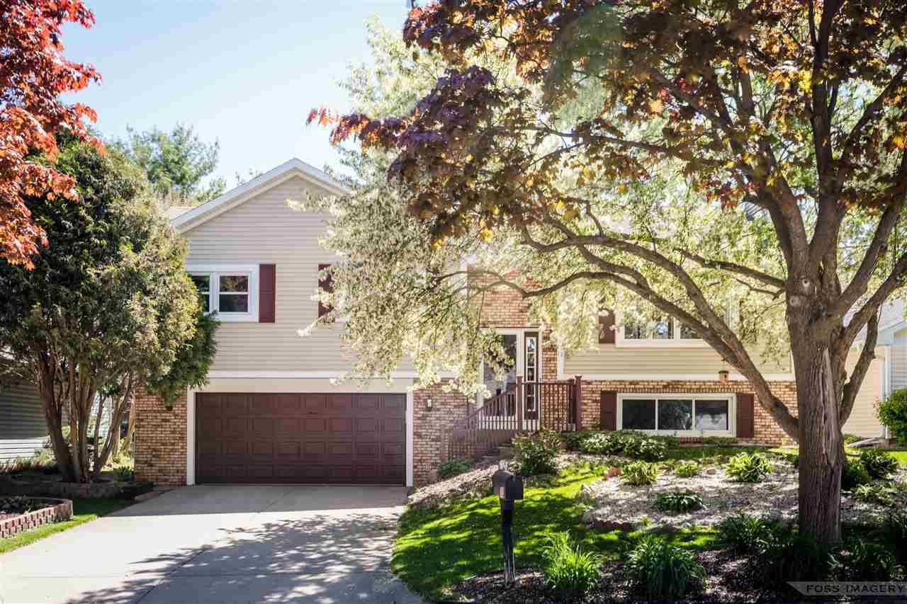 13 Oak Glen Ct, Madison, WI 53717 - #: 1908861
