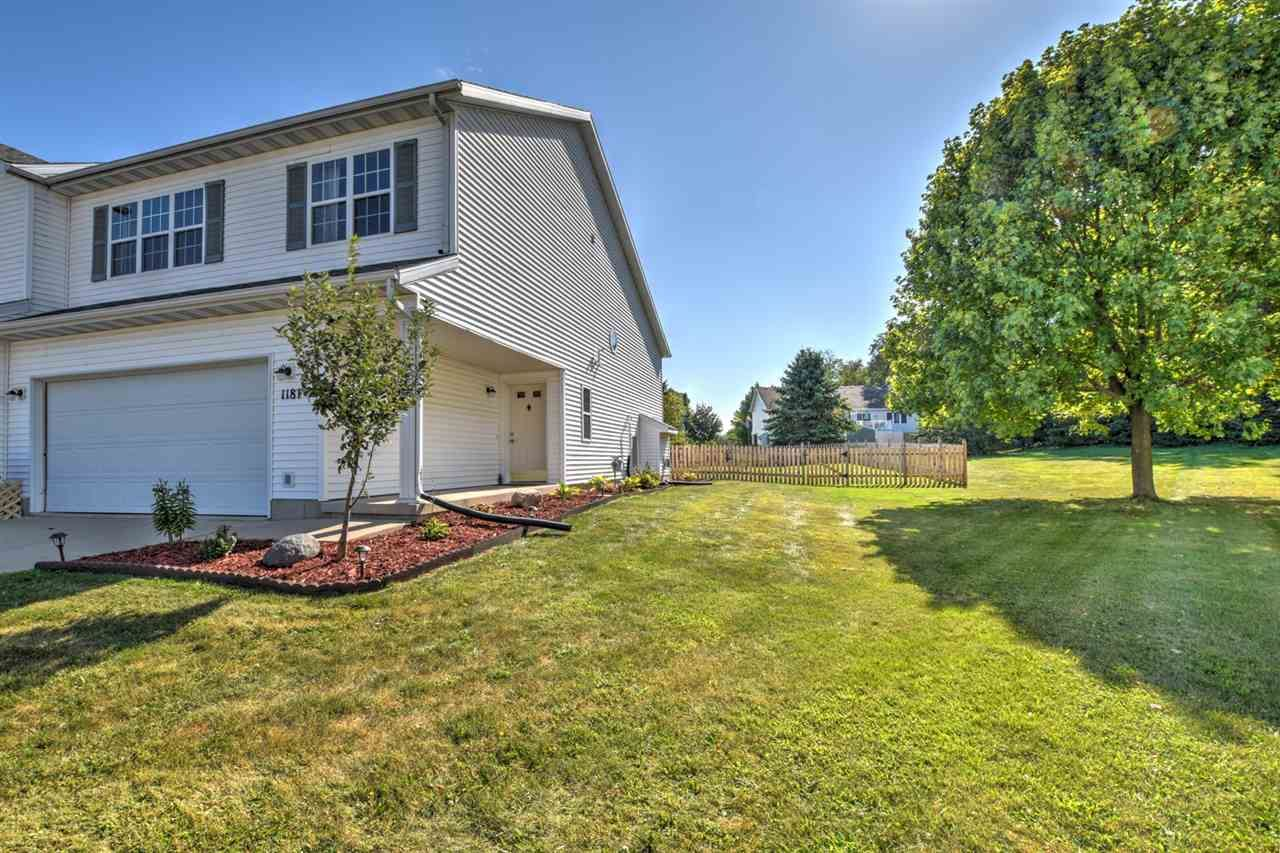 Photo for 1181 St Albert The Great Ct, Sun Prairie, WI 53590 (MLS # 1891864)