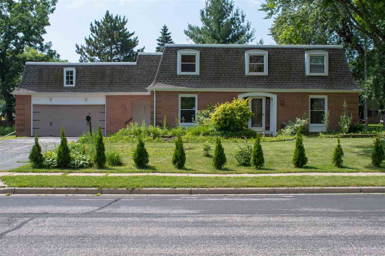490 West Ave, Mauston, WI 53948 - #: 1887865