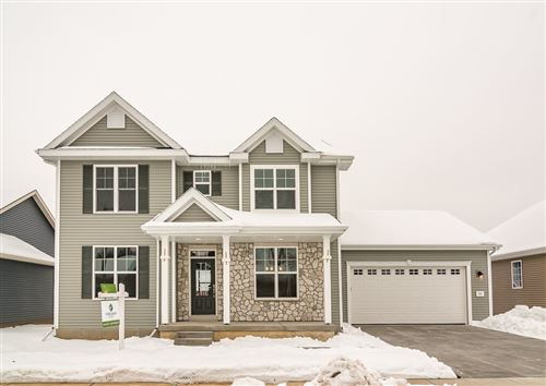Photo of 725 Crimson Leaf Ln, Verona, WI 53593 (MLS # 1865866)