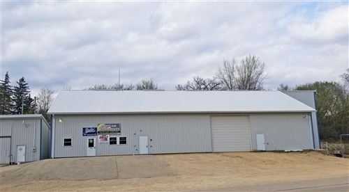 Photo of 900 Valley Rd, Platteville, WI 53818-2917 (MLS # 1907866)