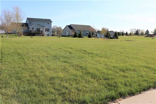 Photo of 317 Valley View Dr, Rio, WI 53960 (MLS # 1776867)
