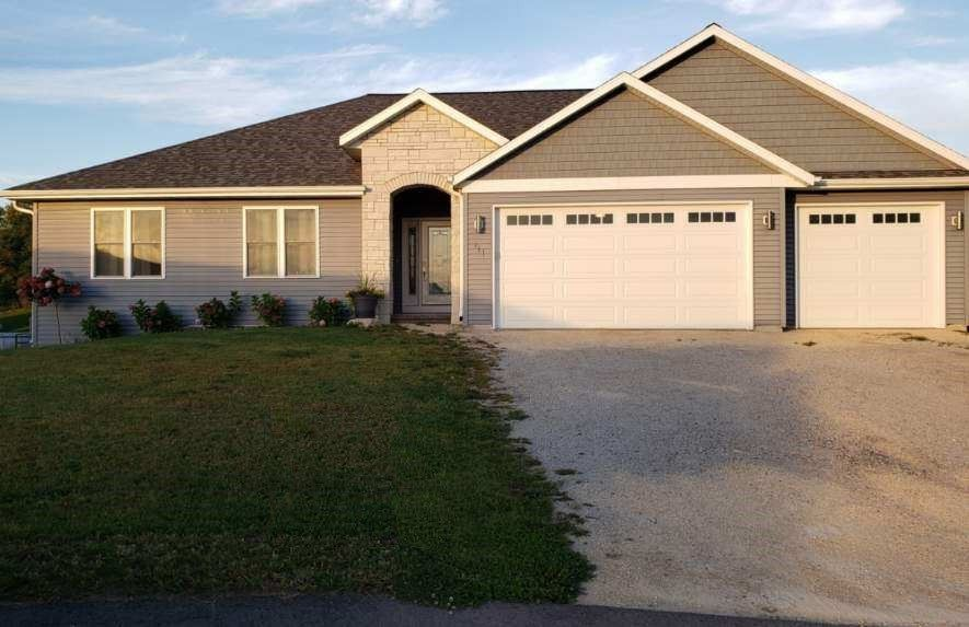111 Foxview Ct, Beaver Dam, WI 53916 - #: 1868867