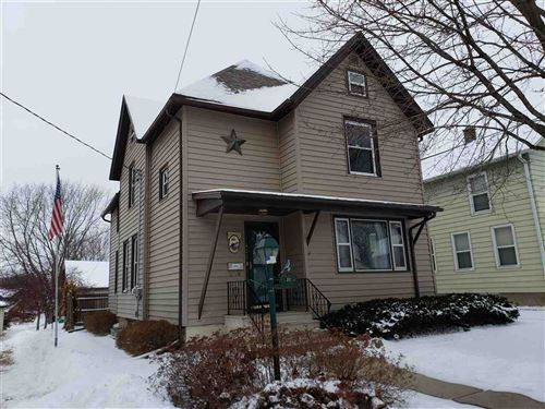 Photo of 422 N Lincoln Ave, Beaver Dam, WI 53916 (MLS # 1874869)