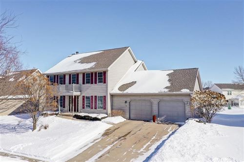 Photo of 318 Bonnie Rd, Cottage Grove, WI 53527 (MLS # 1876869)