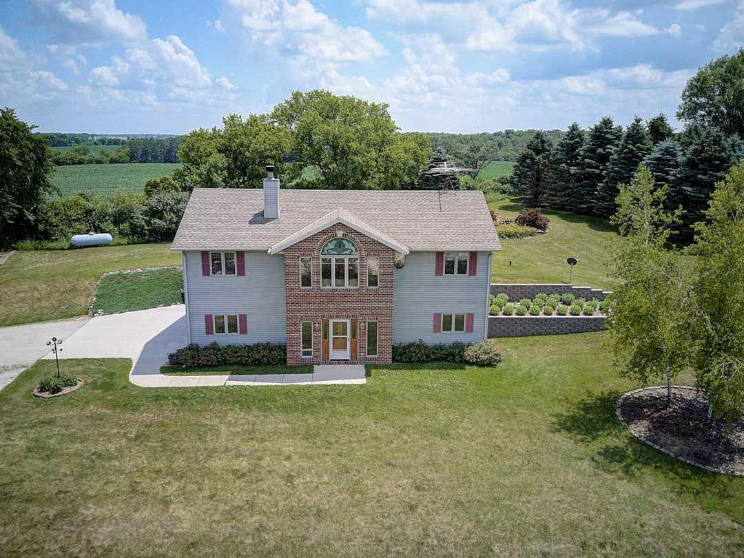N2230 County Road E, Watertown, WI 53098 - #: 1887869
