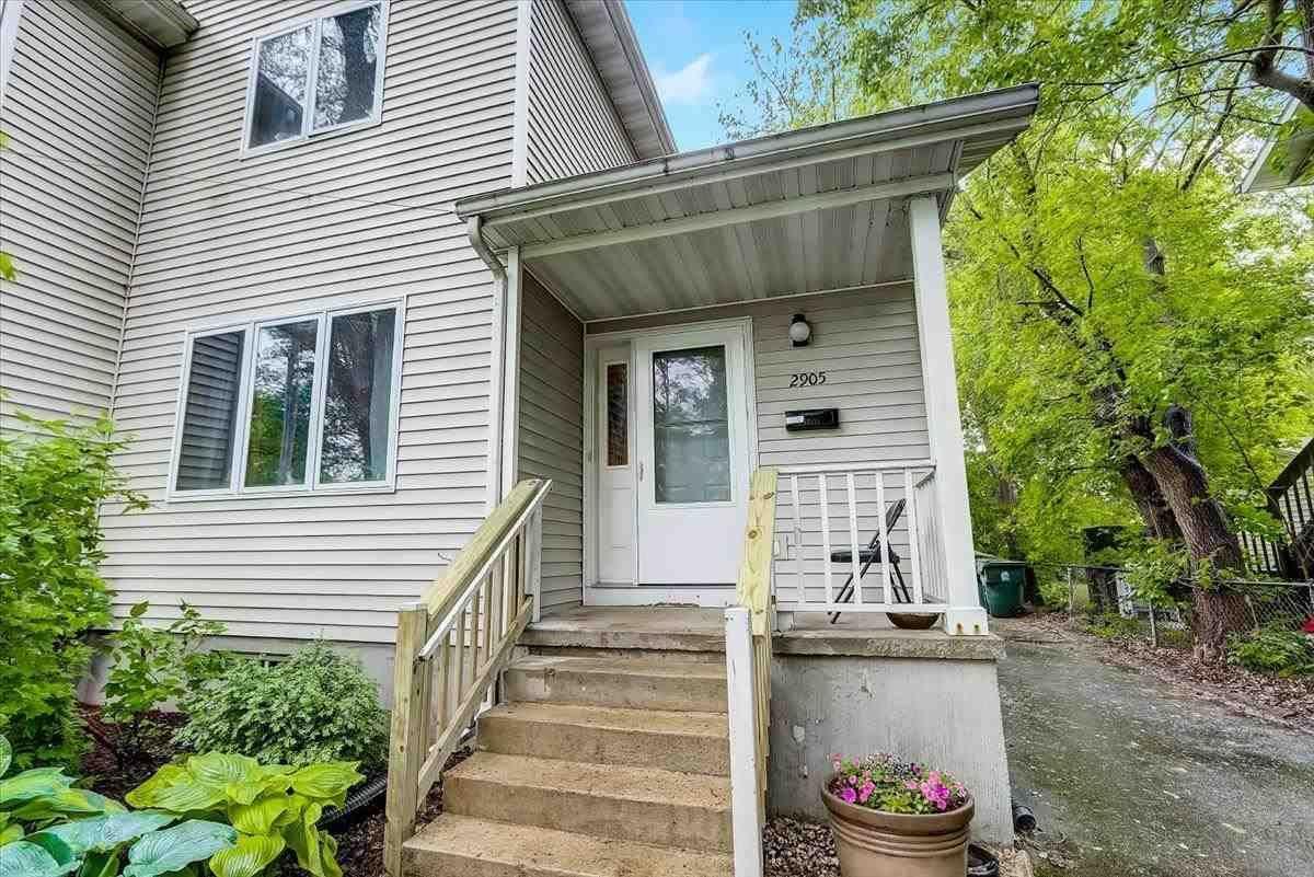 2905 Hoard St, Madison, WI 53704 - #: 1909869
