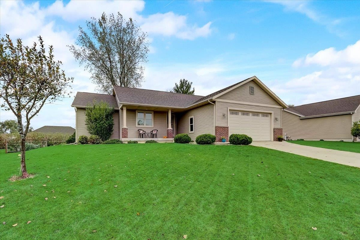 1387 Heritage Ln, Sun Prairie, WI 53590 - #: 1921870
