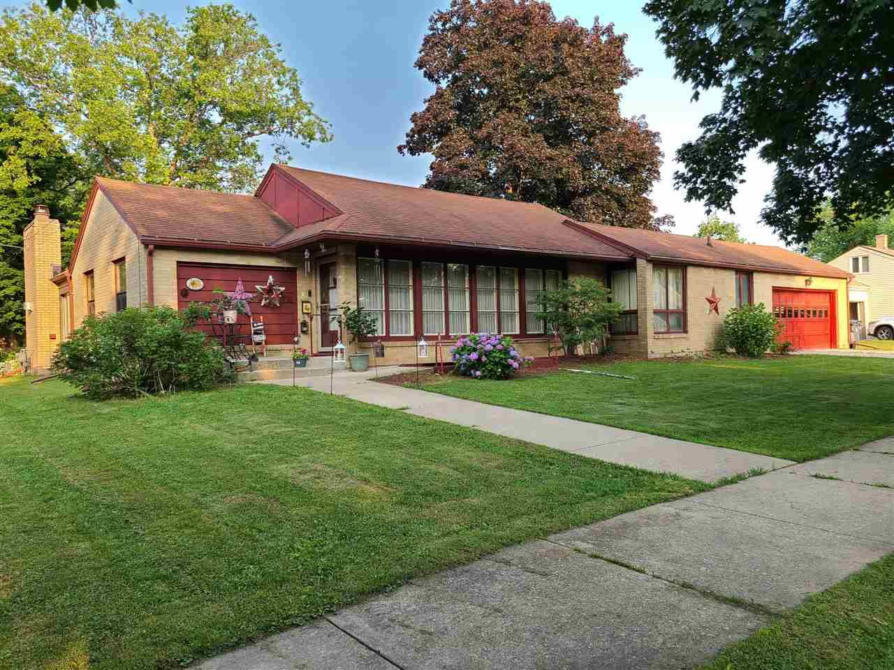 708 26th Ave, Monroe, WI 53566 - #: 1913872