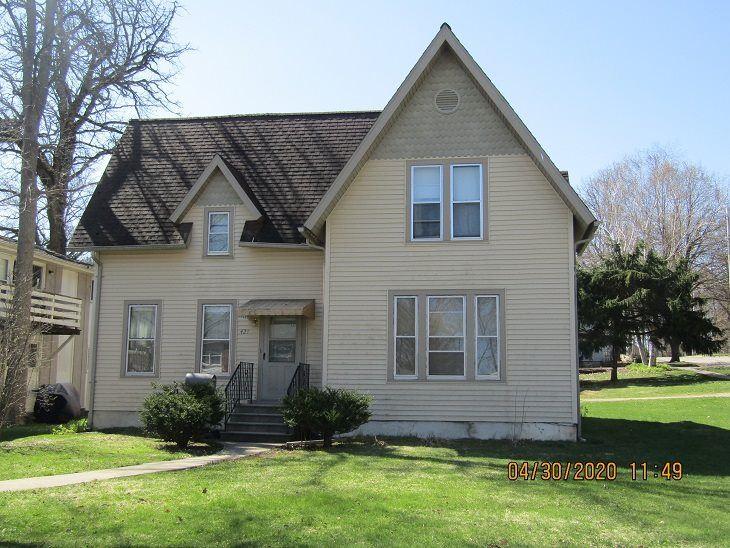 421 Oak St, Ripon, WI 54971 - #: 1878874