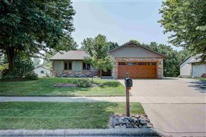 Photo of 113 Village View Ct, Oregon, WI 53575 (MLS # 1862877)