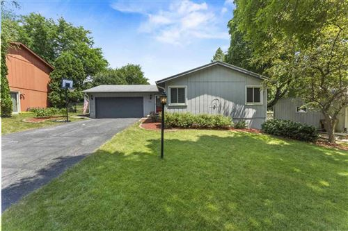 Photo of 2413 Whitlock Rd, Madison, WI 53719 (MLS # 1887878)