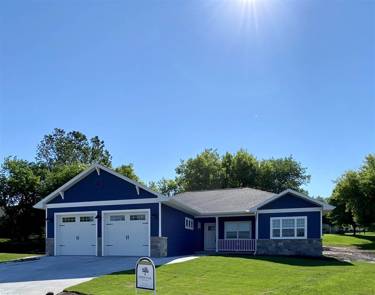 727 Chester Ct, Ripon, WI 54971 - #: 1867878