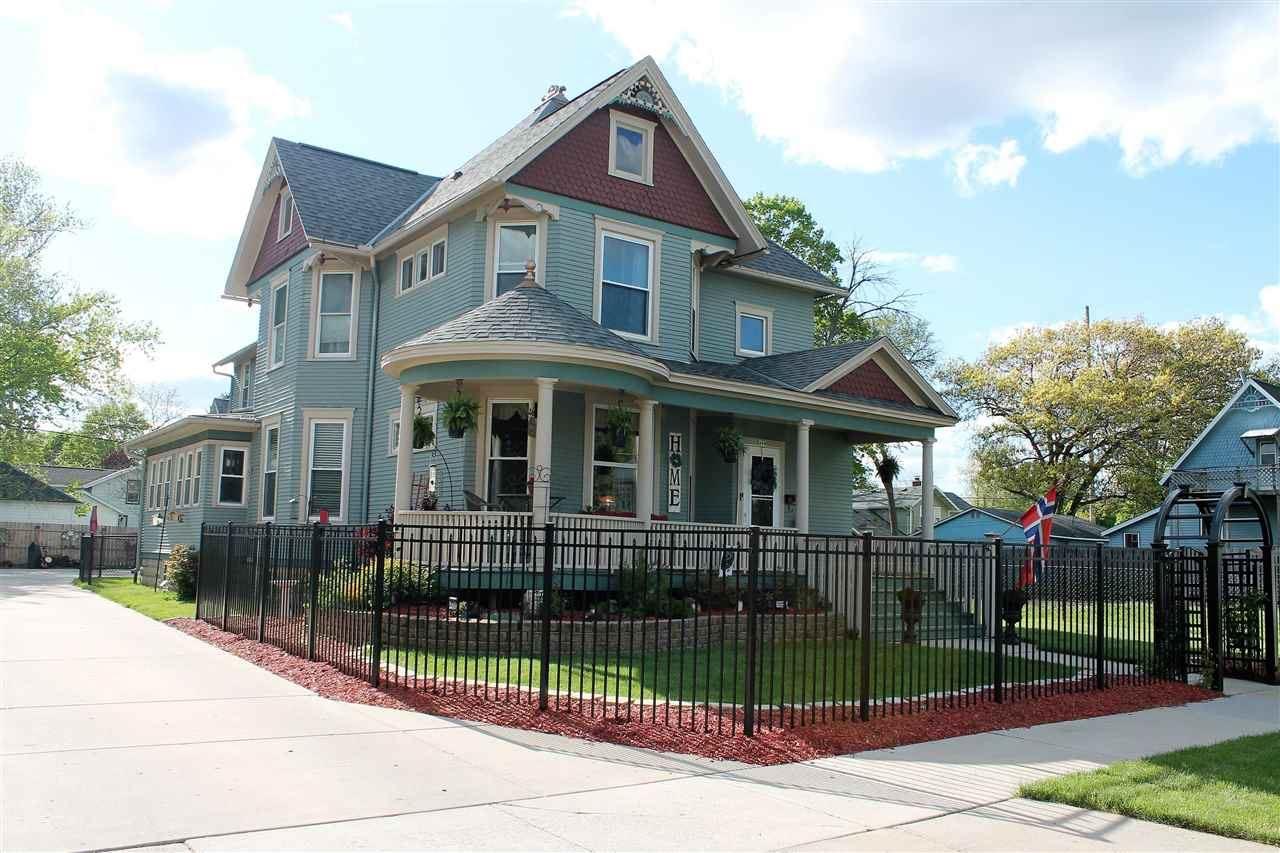 469 N Terrace St, Janesville, WI 53548 - #: 1908879