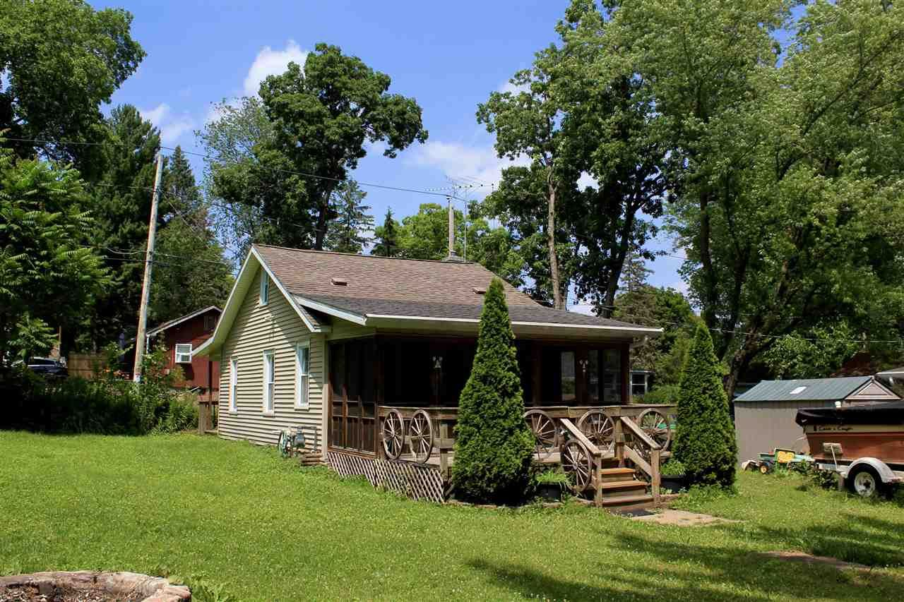 f_1913880_01 Real Estate in 53534 zip code