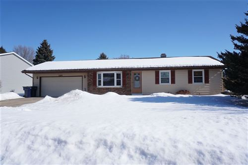 Photo of 3309 Turnberry Dr, Janesville, WI 53548 (MLS # 1902884)