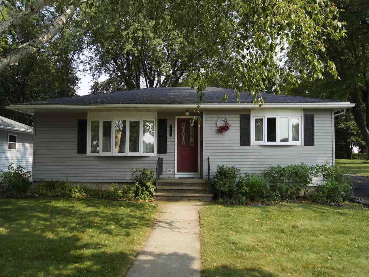 312 Brook St, Beaver Dam, WI 53916 - #: 1891885
