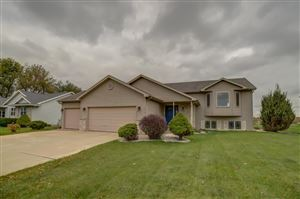 Photo of 1419 Broadway Dr, Sun Prairie, WI 53590 (MLS # 1870888)
