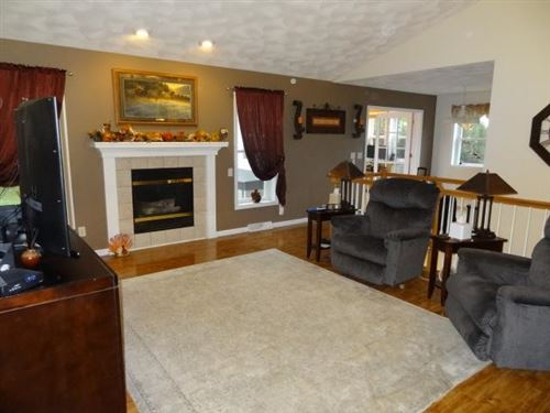 Tiny photo for 1430 Broadway Dr, Sun Prairie, WI 53590 (MLS # 1921888)