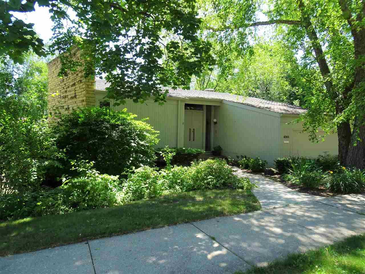 6301 Keelson Dr, Madison, WI 53705 - #: 1911888