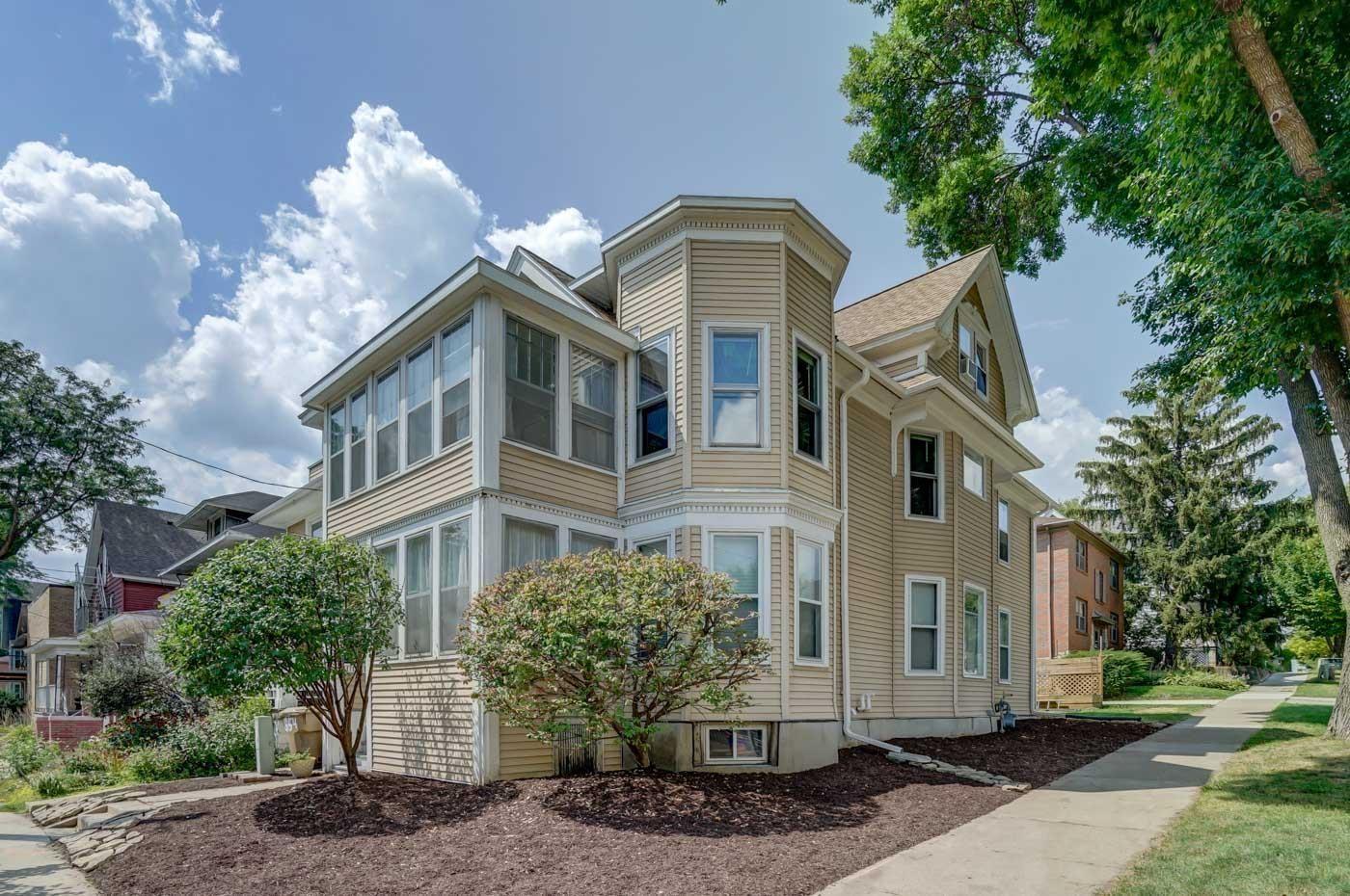854 E Gorham St, Madison, WI 53703 - #: 1917889
