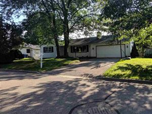 Photo of 4908 Wallace Ave, Monona, WI 53716 (MLS # 1865891)