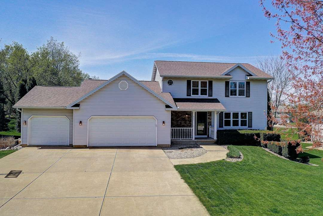 802 Lexington Dr, Waunakee, WI 53597 - #: 1882893