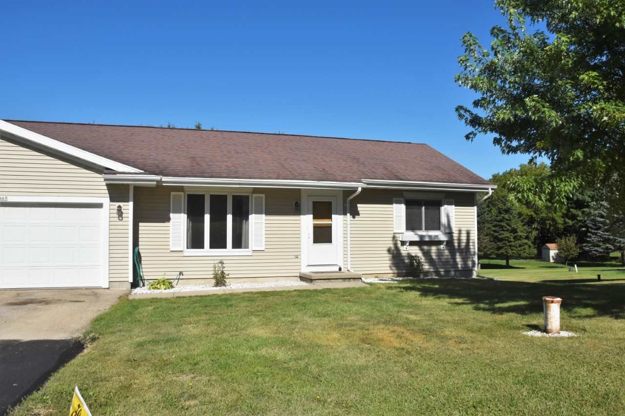 4465 Baxter RD, Cottage Grove, WI 53527 - #: 1890895
