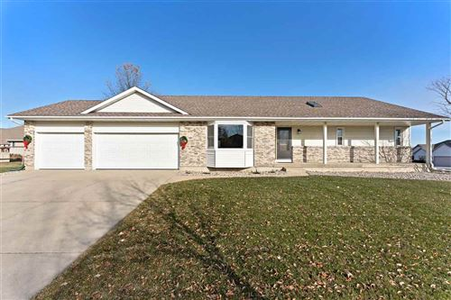Photo of 1000 N Parkview St, Cottage Grove, WI 53527 (MLS # 1873896)