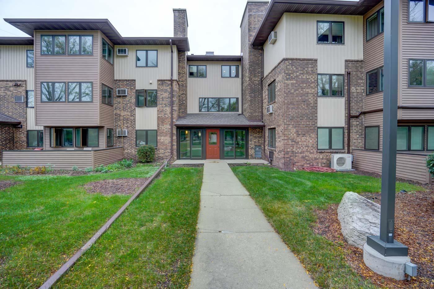 5 Maple Wood Ln #306, Madison, WI 53704 - #: 1921897