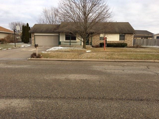 2502 N Wuthering Hills Dr, Janesville, WI 53546 - #: 1871898