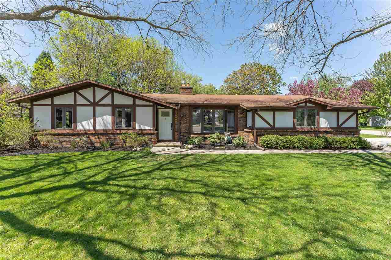 610 Woodlawn Way, Verona, WI 53593 - #: 1883898