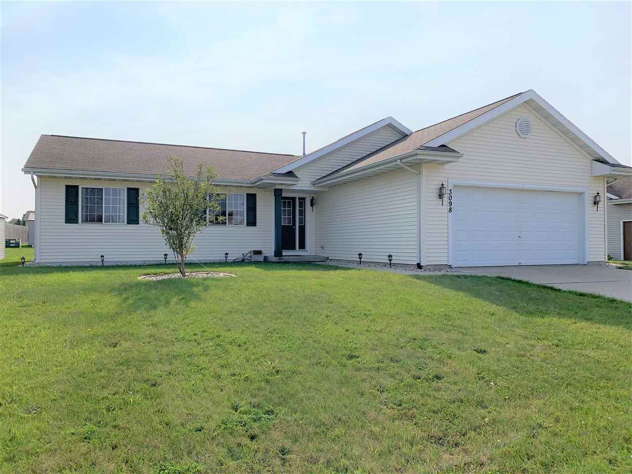 3098 N Wright Rd, Janesville, WI 53546 - #: 1892898