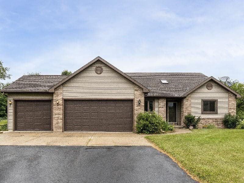 W3201 Schaefer Rd, Belleville, WI 53508 - #: 1913900