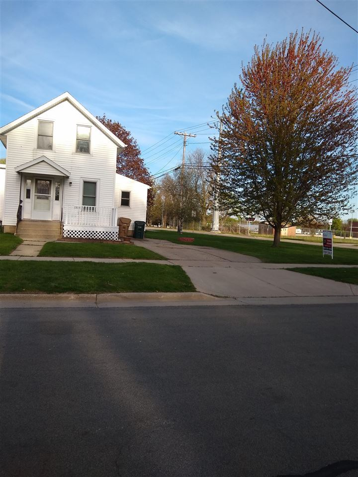 1305 Loftsgordon Ave, Madison, WI 53704 - #: 1907901
