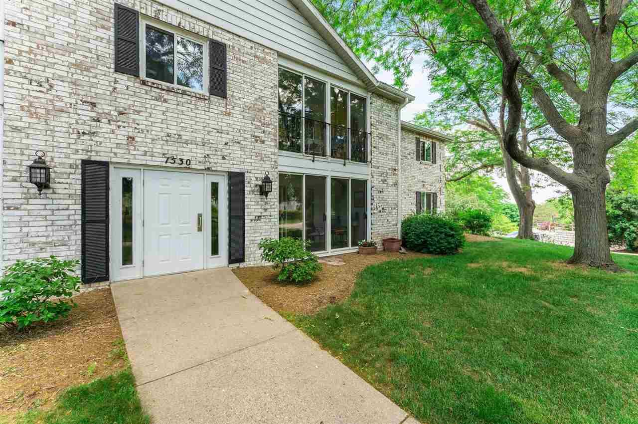 1530 Golf View Rd #D, Madison, WI 53704 - #: 1911905