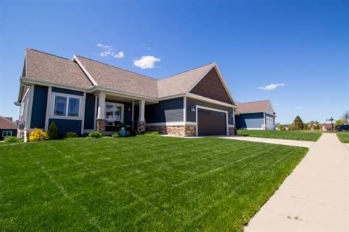 Photo of 1007 Water Wheel Dr, Waunakee, WI 53597 (MLS # 1908907)