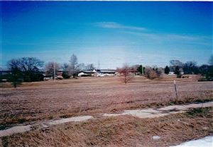 Photo of 730 Forest Edge Dr, Mazomanie, WI 53560 (MLS # 1855912)