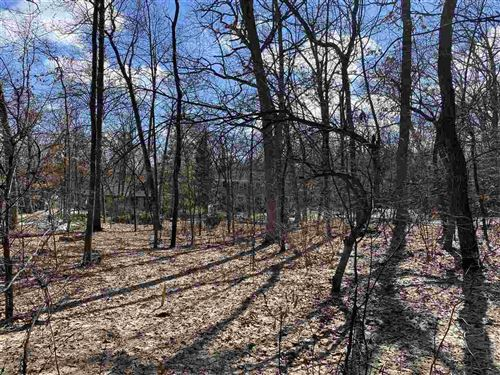 Photo of 5844 Timber Land Cir, Fitchburg, WI 53711 (MLS # 1901912)
